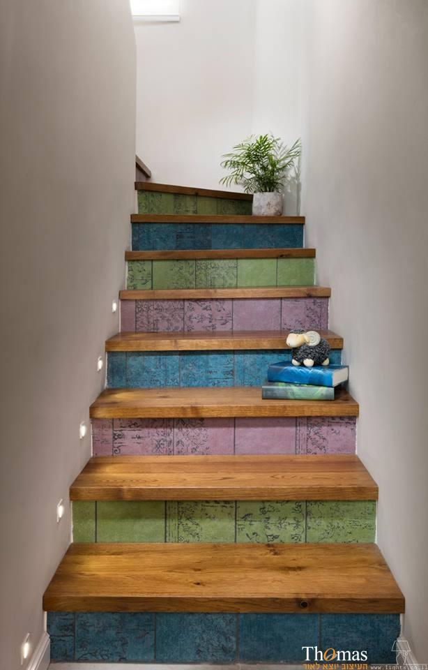שקועי קיר תאורת מדרגות