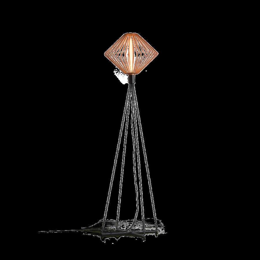 מנורה עומדת מעויין בסיס ארבע רגליים