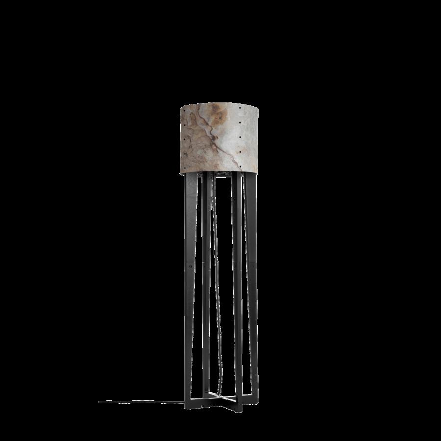 מנורה עומדת ארבעה עמודים אהיל גלילי