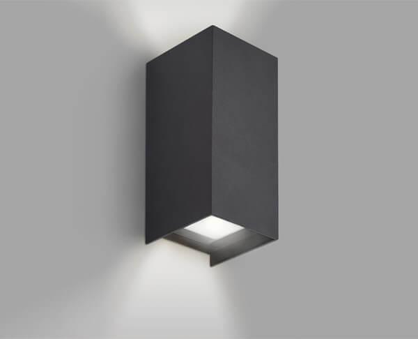 תאורת קיר חוץ אפ דאון מלבן אורכי שחור מוגן מים