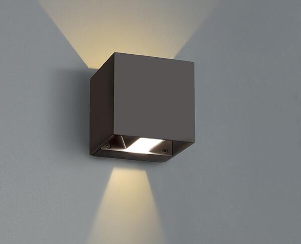 מנורות אפ אנד דאון שחור מרובע - תאורת איקס